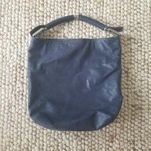 🌸 Fendi Vintage Navy Waxed Leather Tote Bag